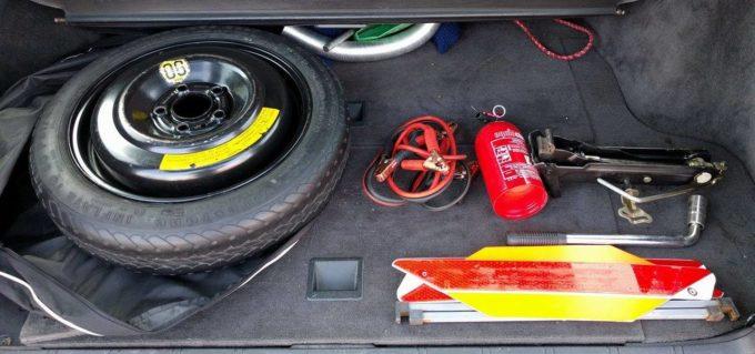 Bądź gotów! - wyposażenie samochodu