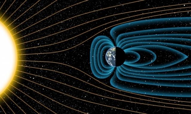 Wpływ wiatru słonecznego na pole magnetyczne Ziemi